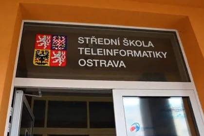 promo_video_skoly